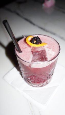 Ray's Bar: Born in Dublin - Amazing Drink