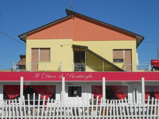 Duca Di Bentivoglio Ristorante: Entrata
