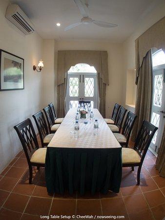 Botanica Mansion: Long Table Setup
