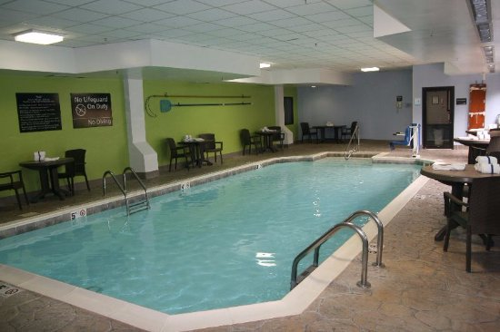 Hampton Inn Elizabethtown: Indoor Pool