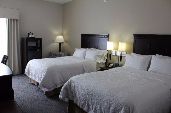 Hampton Inn Elizabethtown: Double Queen Bed Guestroom