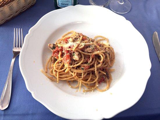 da Alceste al Buon Gusto: Spaghetti alici e pecorino