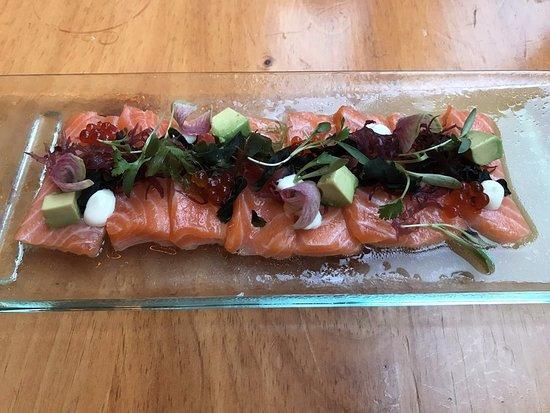 China Chilcano: Salmon Tiradito
