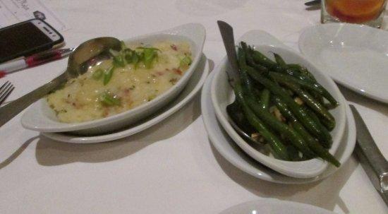 Ruth's Chris Steak House: Gratin Potatoes Romanoff and Green Beans Almandine