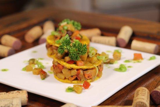 """Mandala Restaurante: """"Patatouille"""" creación original de Ratatouille y patacones"""