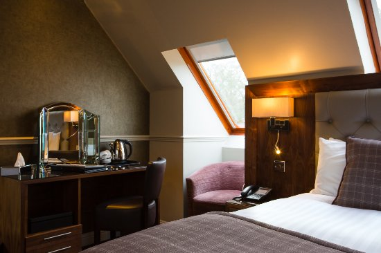 Dalziel Park Hotel & Golf Club: Dalziel Park Hotel, Bedroom