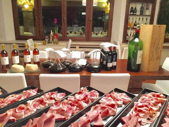 I Tre Re: Dalla Romagna alla Francia,salumi e vini francesi del 1980