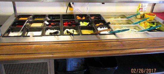 Dutchers Diner: Salad bar