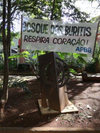 Bosque dos Buritis: Entrada del parque