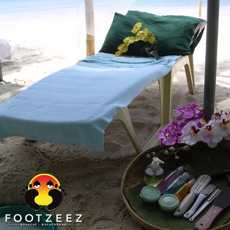 Footzee'z Spa of Boracay: Footzee'z also does room service.