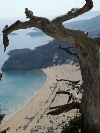 Kolimbia, Grécia: Παραλία Τσαμπίκας