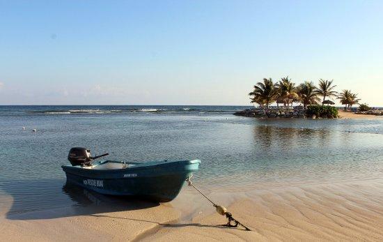Holiday Inn Resort Montego Bay: Early Morning