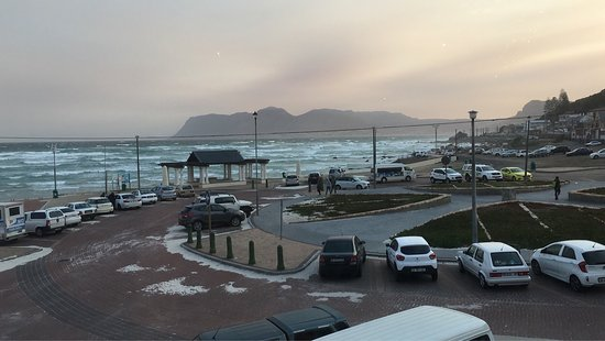 Muizenberg, Sudáfrica: The view from the restaurant