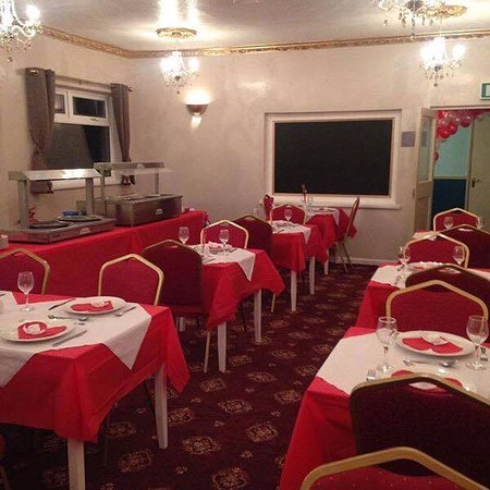 The Little Acorn: Our sunday carvery room