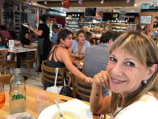Photo of Italian Restaurant Cucina Paradiso at Castaneda 1873, Buenos Aires, Argentina