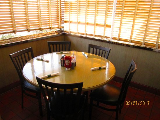 Lake Wales Family Restaurant: Int