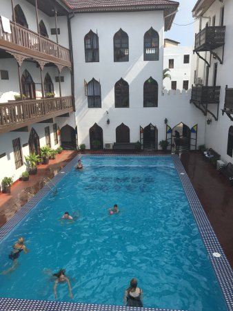 Tembo House Hotel & Apartments Photo