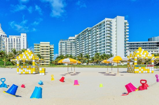 Ocean Reef Suites: Beach Amenities Included