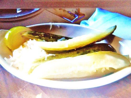 Manhattan in the Desert: Pickle dish
