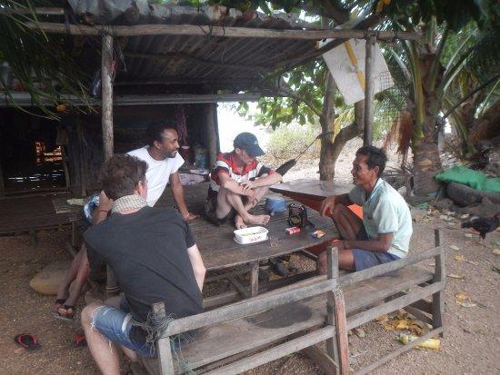 Kep, Cambogia: A la rencontre d'un Robinson sur son île!