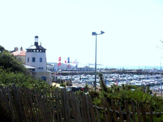 Albertville, France: vue sur le grand port