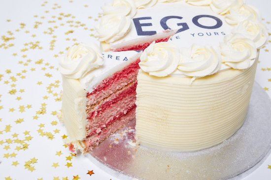 Hey Little Cupcake!: Ego's Birthdsy Cake