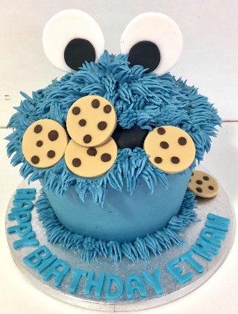 Hey Little Cupcake!: The Cookie Monster Giant
