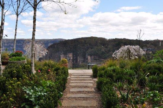 Echoes Restaurant - Blue Mountains: Echoes Garden