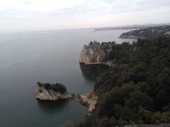Castello di Duino: panorama Golfo di Trieste