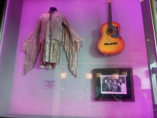 Hard Rock Cafe: rock music paraphernalia