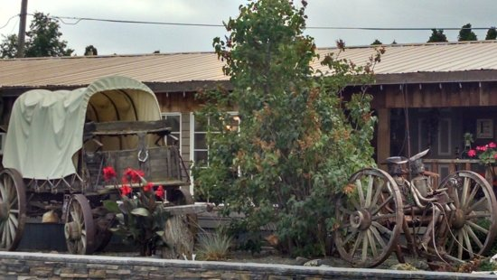 Mtn. View RV Park : office and gift shop