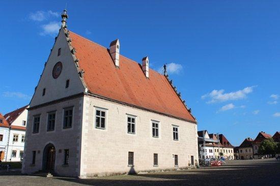 Saris Museum - Town Hall