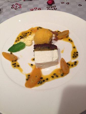 Hotel Am Triller: Passionsfrucht Joghurt-Schnitte