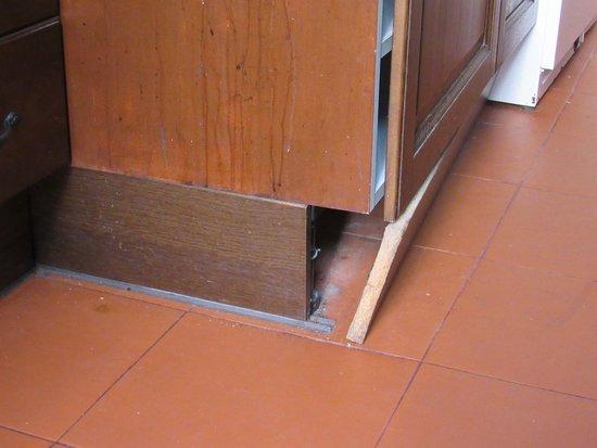 Principe Real Apartments: cuisine la planche tombait tous les jours