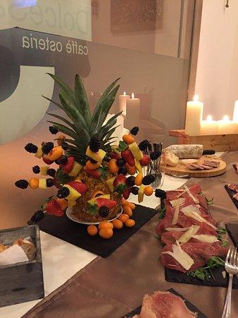 Osteria Caffe Dolce Sale: Delizie...piatti,crostini,aperitivi e vini!!