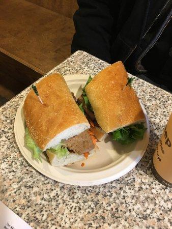 The Black Sheep : Vegan East Meets West sandwich (full)