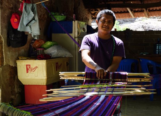 Costa Chica Tours: learn everything about the backstrap loom