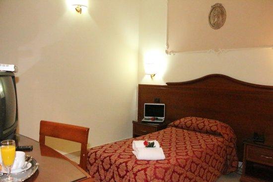 Hotel Mirage : SINGOLA