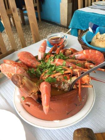 Porto Brandão, Portugal: Super gegeten, wel even zoeken, maar bezoek meer dan waard!