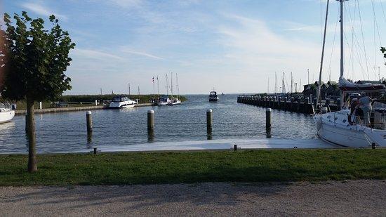 Räucherhaus: Hafen genau vor der Tür!