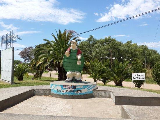Pehuajo, Argentina: Estatua a la Tortuga Manuelita
