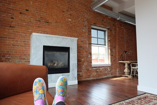Lofts on Pearl : Views from inside and outside of the loft.