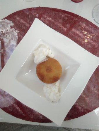 Saint-Maixent-l'Ecole, Fransa: Gâteaux ananas renversé