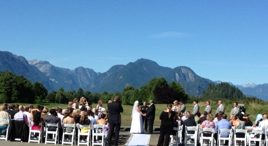 Pitt Meadows, Kanada: Weddings at Golden Eagle are spectatular!