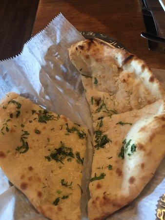 Tewksbury, MA: Garlic Naan