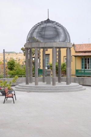 Arucas, Spagna: Pomnik malarza Guillermo Sureda Arbelo