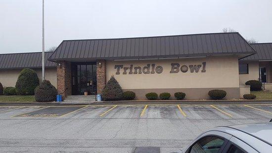 Mechanicsburg, Pensilvania: Visit Trindle Bowl!