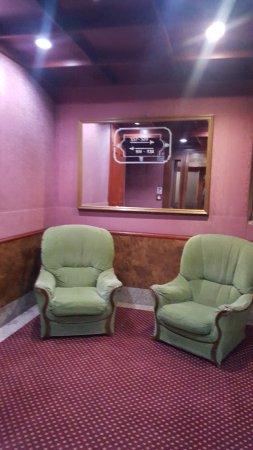 Hotel Madison Photo