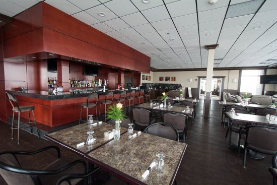 Manning, Canadá: Nova Restaurant & Lounge