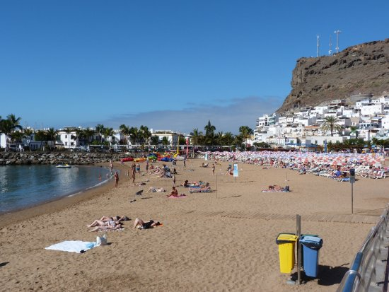 Beach at puerto de mogan picture of radisson blu resort spa gran canaria mogan mogan - Puerto mogan gran canaria ...